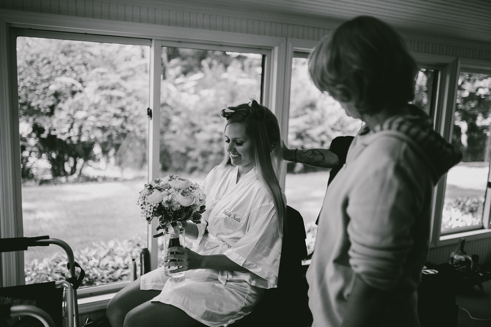 Kati-Ian-Preparations-Michigan-Wedding-Photographer-0205.jpg