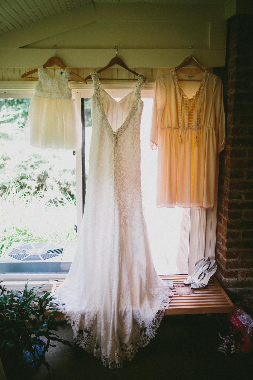 Kati-Ian-Preparations-Michigan-Wedding-Photographer-0295.jpg