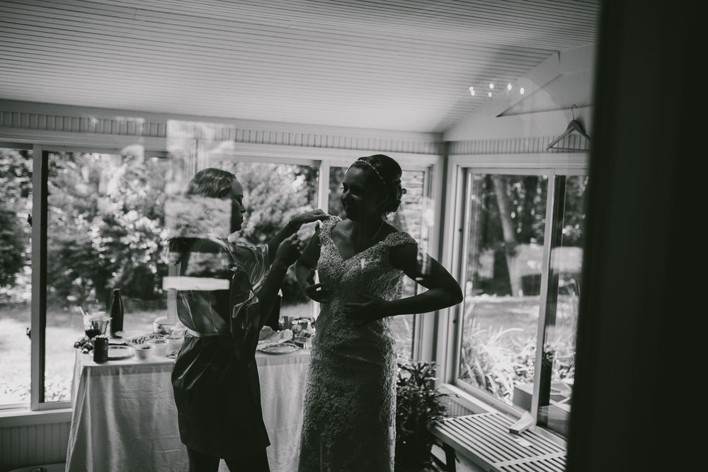 Kati-Ian-Preparations-Michigan-Wedding-Photographer-0361.jpg