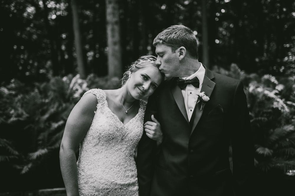 Kati-Ian-Portraits-Michigan-Wedding-Photographer-0573.jpg