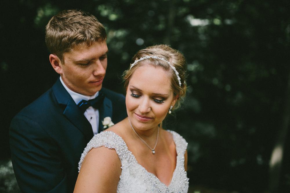 Kati-Ian-Portraits-Michigan-Wedding-Photographer-0806.jpg