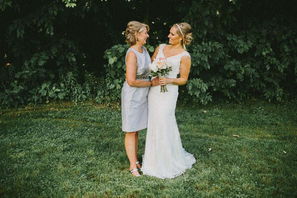 Kati-Ian-Portraits-Michigan-Wedding-Photographer-2070.jpg