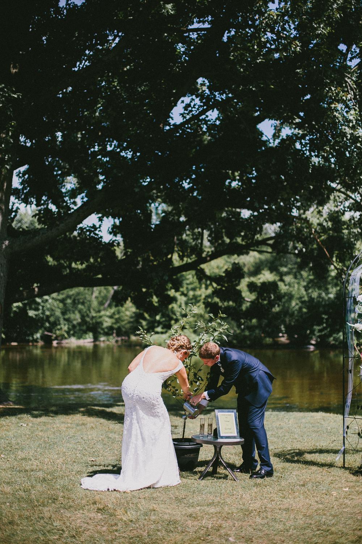 Kati-Ian-Ceremony-Michigan-Wedding-Photographer-1819.jpg