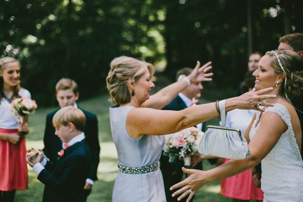Kati-Ian-Ceremony-Michigan-Wedding-Photographer-1914.jpg