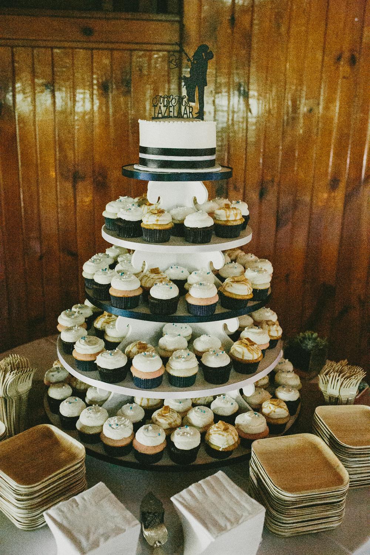 Kati-Ian-Reception-Michigan-Wedding-Photographer-2444.jpg