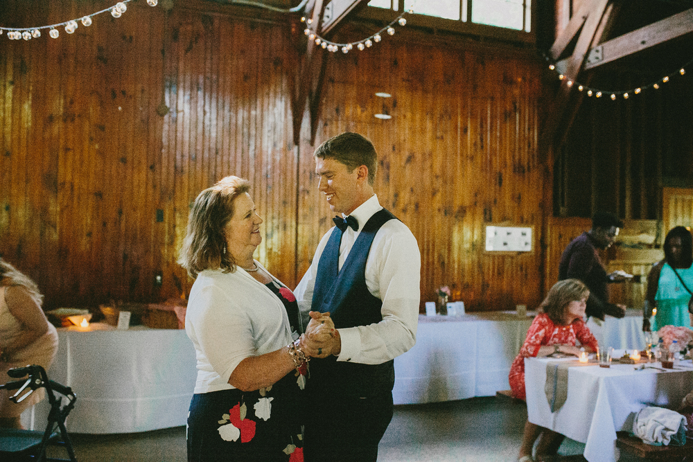 Kati-Ian-Reception-Michigan-Wedding-Photographer-2992.jpg