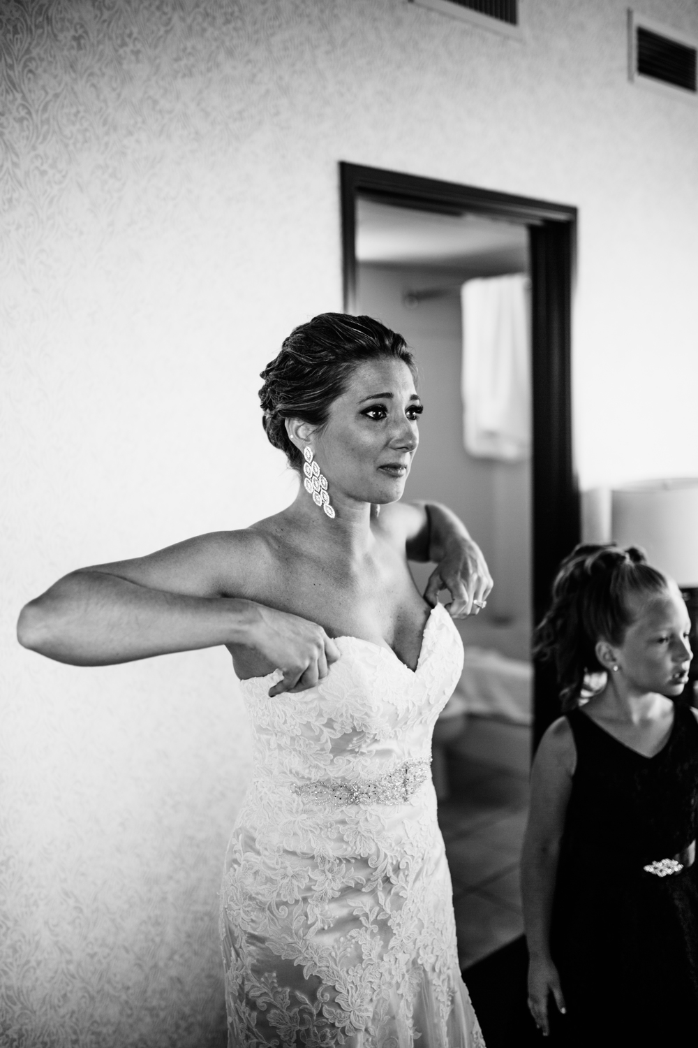 Melissa-Joe-Preparations-Michigan-Wedding-Photographer-4240.jpg