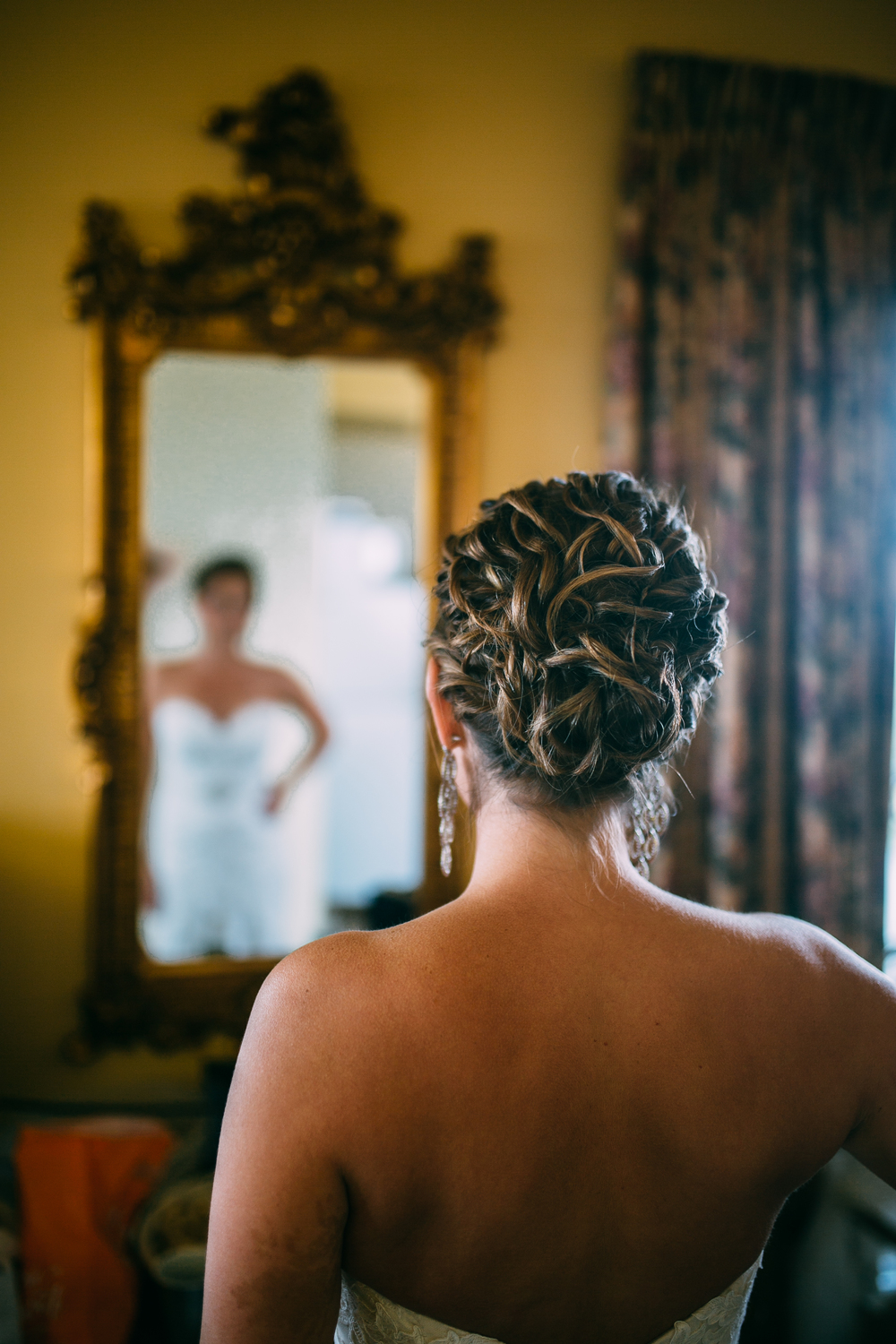 Melissa-Joe-Preparations-Michigan-Wedding-Photographer-4246.jpg