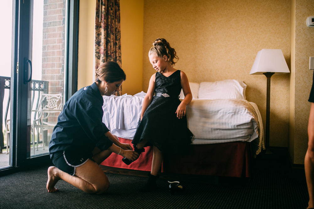 Melissa-Joe-Preparations-Michigan-Wedding-Photographer-4253.jpg
