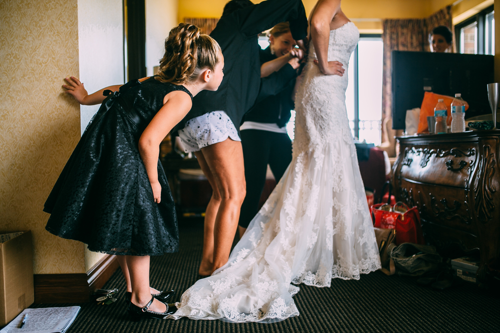Melissa-Joe-Preparations-Michigan-Wedding-Photographer-4270.jpg