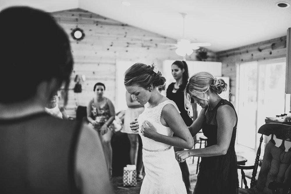 Kate-Paul-Preparations-Michigan-Wedding-Photographer-43.jpg