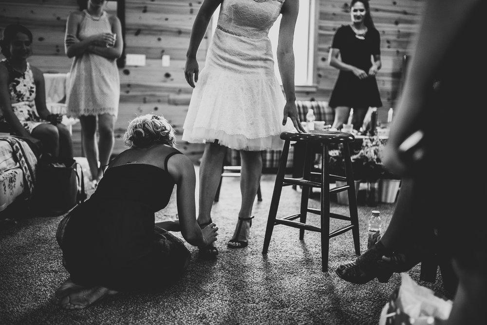 Kate-Paul-Preparations-Michigan-Wedding-Photographer-53.jpg