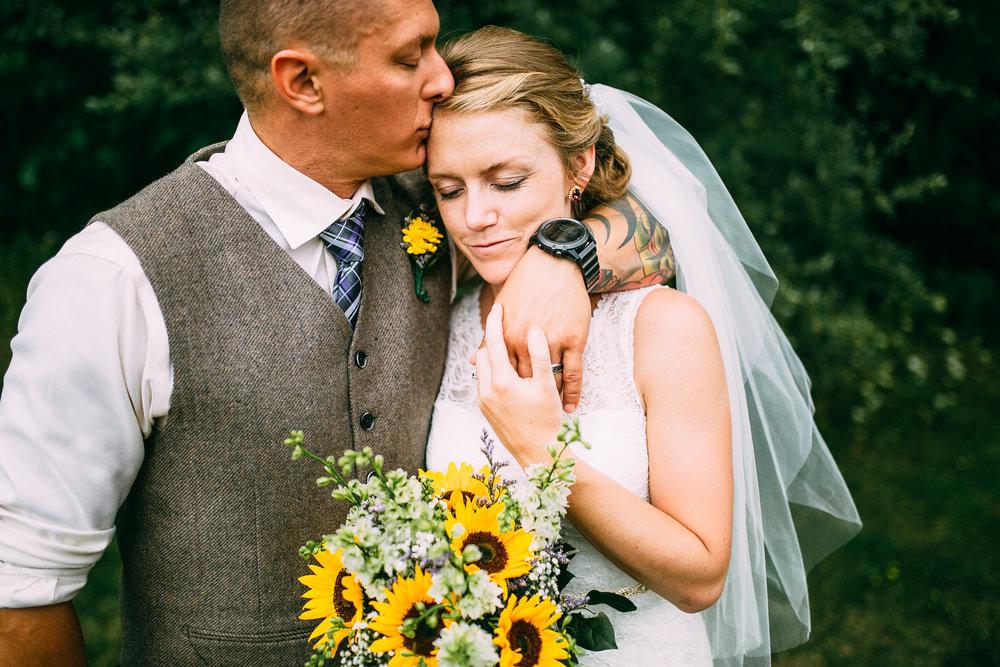 Kate-Paul-8-16-Portraits-Michigan-Wedding-Photographer-309.jpg