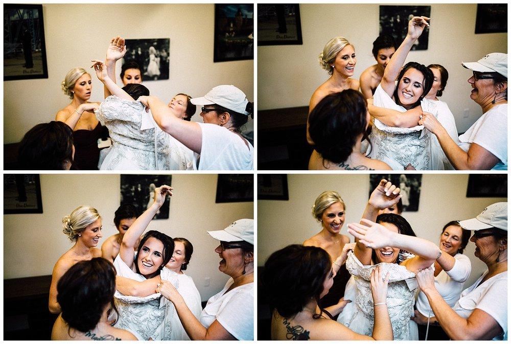 Hallie-Austin-Preparations-Michigan-Wedding-Photographer-9393.jpg