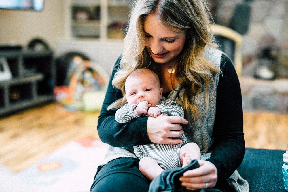 VanDyke-Family-Grand-Rapids-Newborn-Lifestyle-0031.jpg