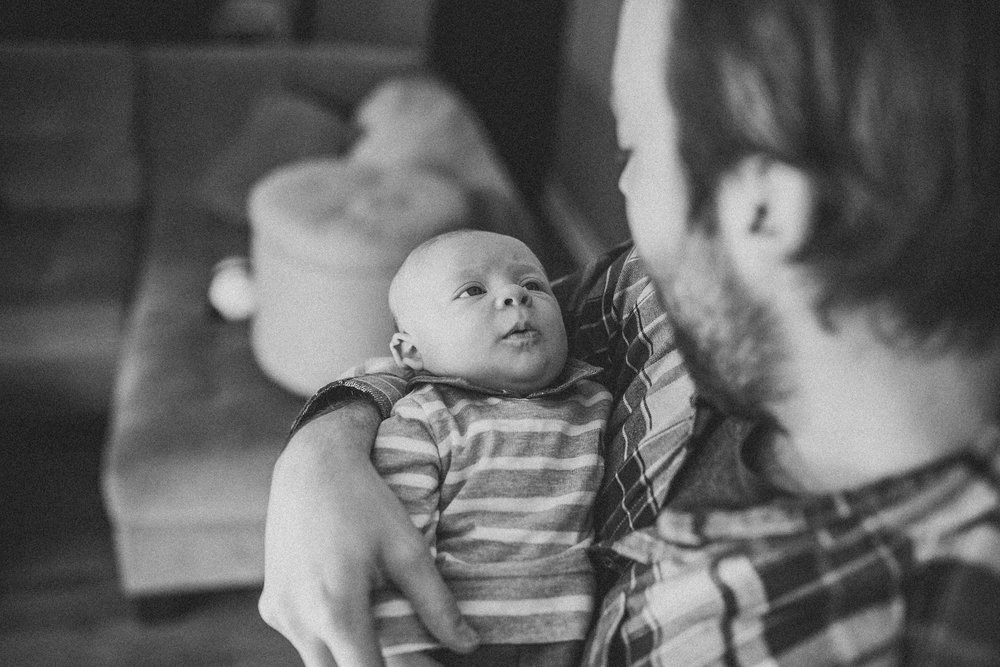 Lucas-Family-Grand-Rapids-Newborn-Lifestyle-7698.jpg