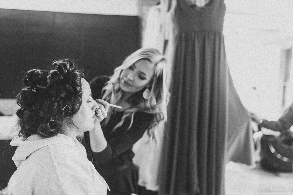 Kayla-Joel-Preparations-Michigan-Wedding-Photographer-8151.jpg