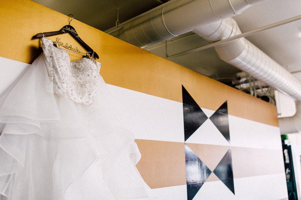 Kayla-Joel-Preparations-Michigan-Wedding-Photographer-8179.jpg