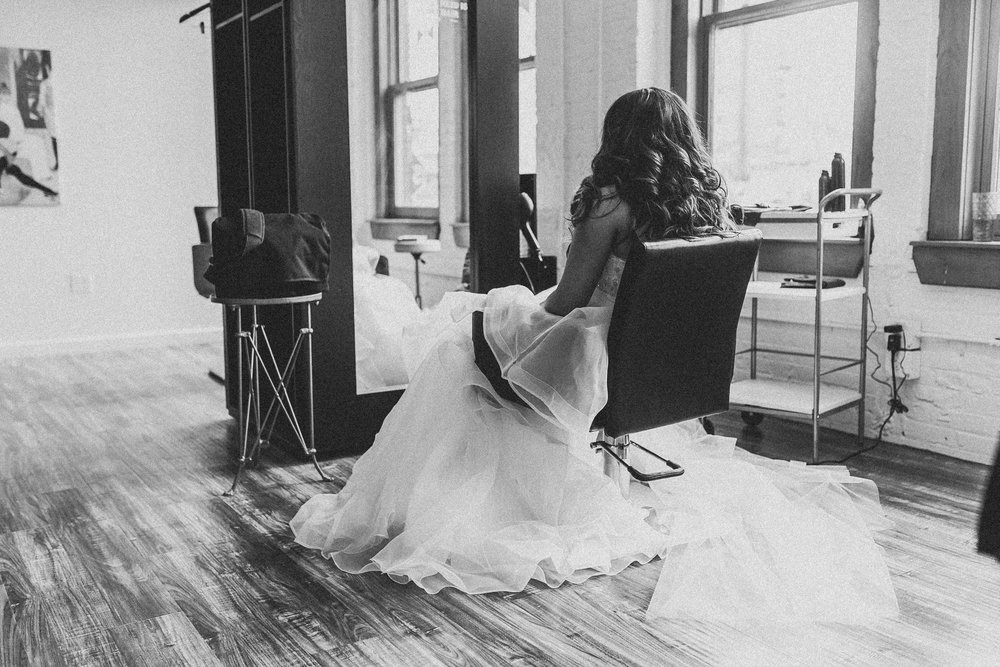 Kayla-Joel-Preparations-Michigan-Wedding-Photographer-8567.jpg