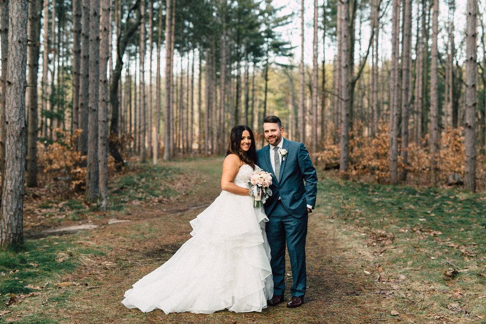 Kayla-Joel-Portraits-Michigan-Wedding-Photographer-374.jpg