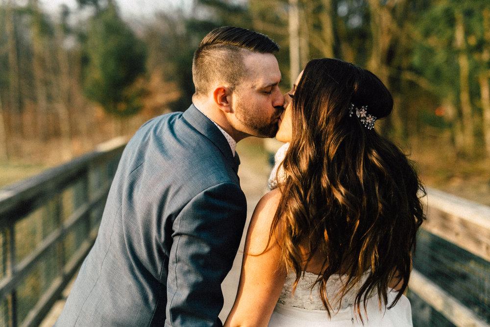 Kayla-Joel-Portraits-Michigan-Wedding-Photographer-449.jpg