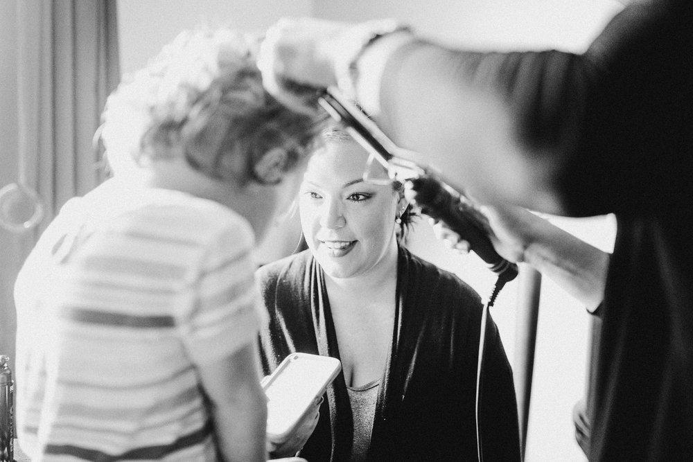 Katie-Nick-Preparations-Grand-Rapids-Wedding-Photographer-3.jpg