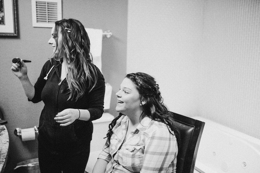 Katie-Nick-Preparations-Grand-Rapids-Wedding-Photographer-17.jpg
