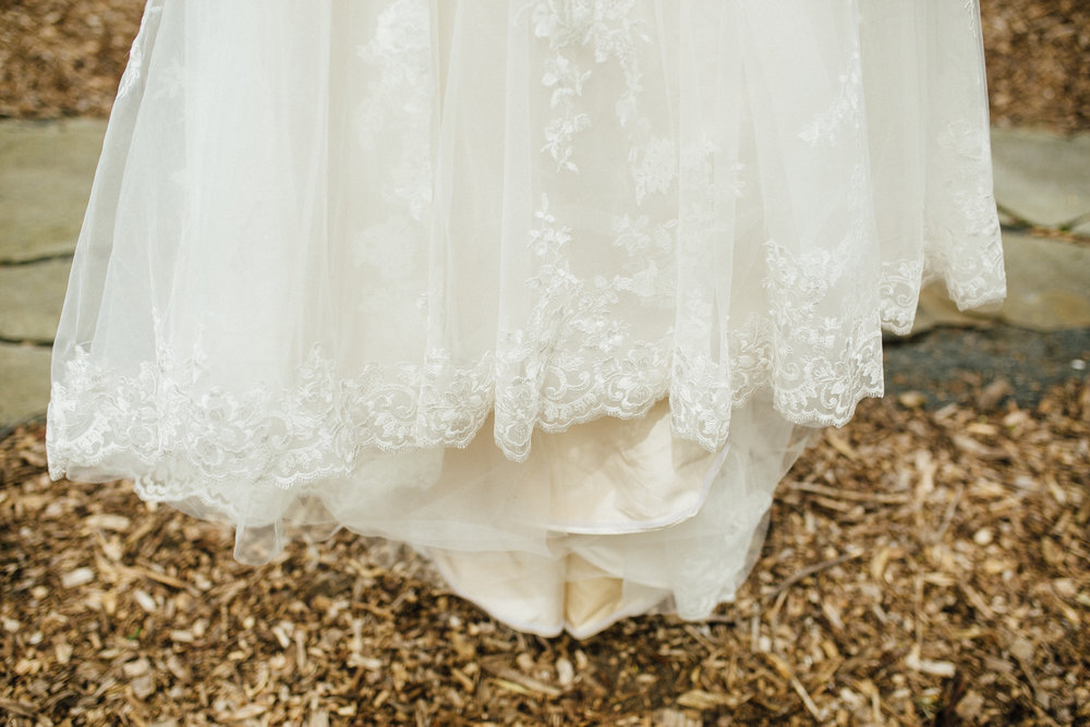 Katie-Nick-Preparations-Grand-Rapids-Wedding-Photographer-45.jpg
