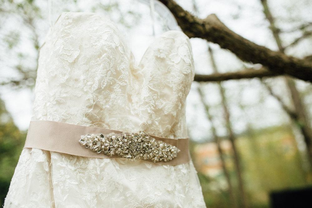 Katie-Nick-Preparations-Grand-Rapids-Wedding-Photographer-46.jpg