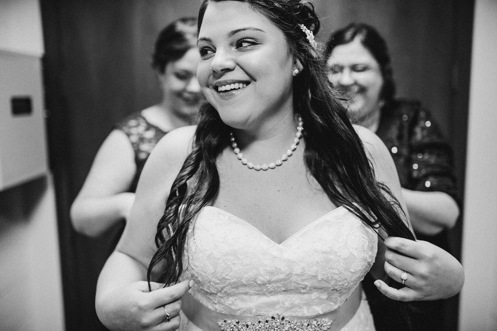 Katie-Nick-Preparations-Grand-Rapids-Wedding-Photographer-64.jpg