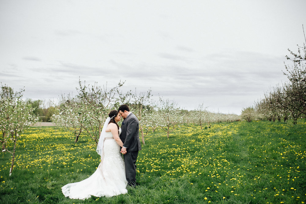 Katie-Nick-Portraits-Grand-Rapids-Wedding-Photographer-325.jpg