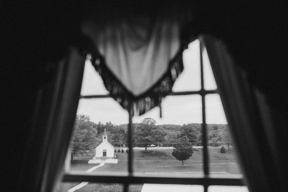 Megan-Nate-Preparations-Michigan-Wedding-Photographer-31.jpg