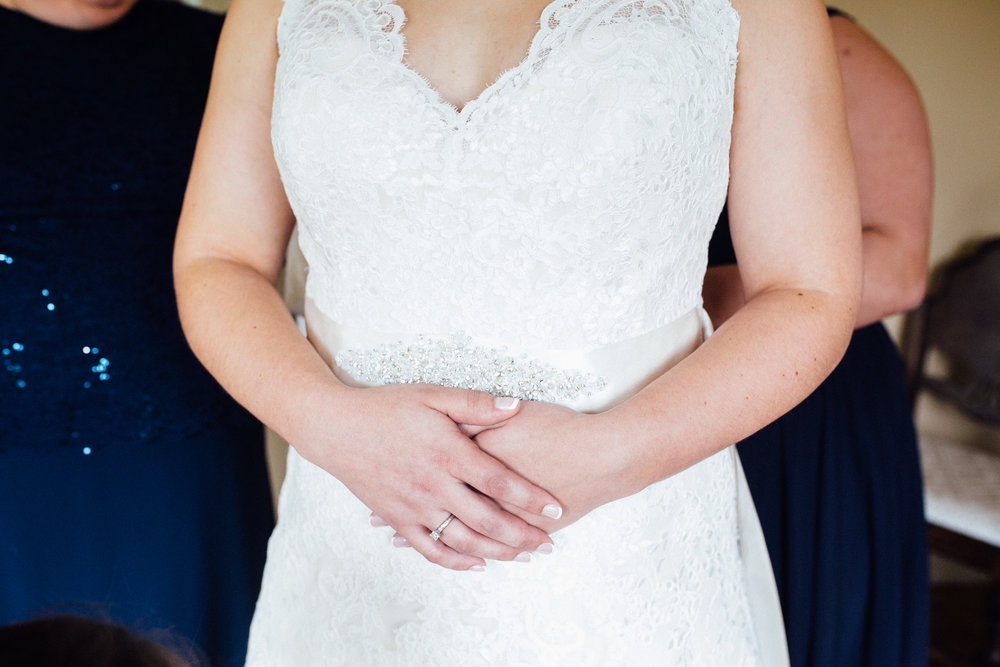 Megan-Nate-Preparations-Michigan-Wedding-Photographer-117.jpg