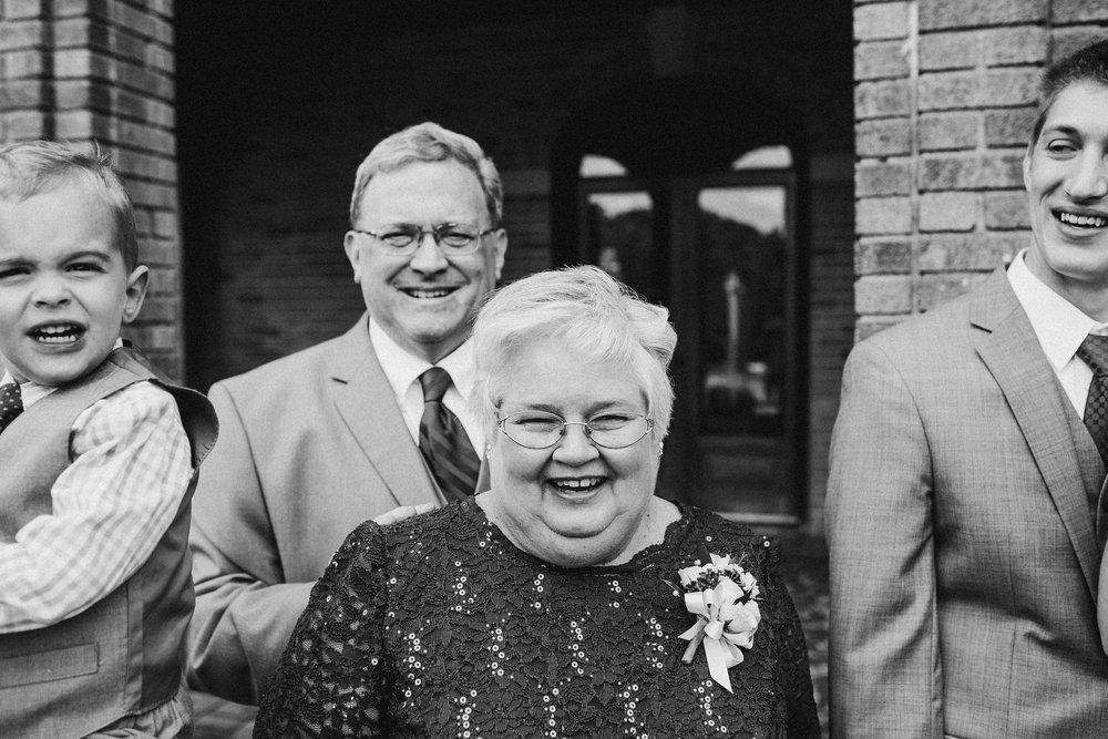 Megan-Nate-Portraits-Michigan-Wedding-Photographer-103.jpg