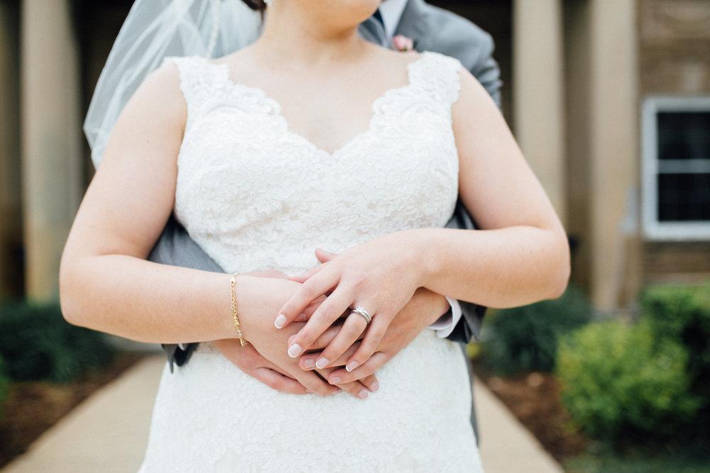 Megan-Nate-Portraits-Michigan-Wedding-Photographer-289.jpg
