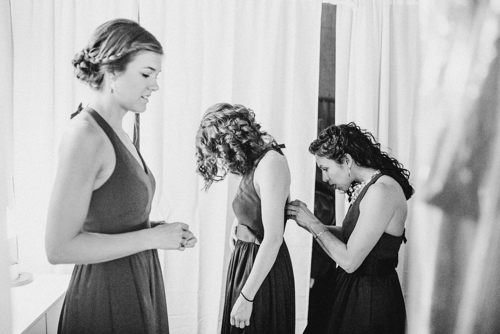 Mara-Michael-Preparations-Michigan-Wedding-Photographer-62.jpg