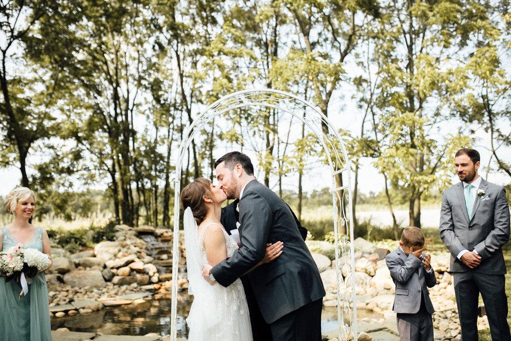 Maggie-Brandon-Previews-Michigan-Wedding-Photographer-5485.jpg