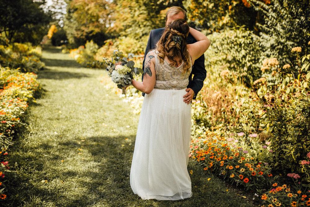 Sara-Jerrod-Previews-Michigan-Wedding-Photographer-7716.jpg