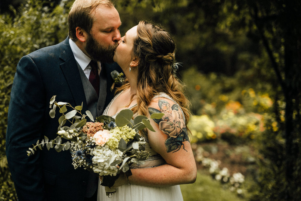 Sara-Jerrod-Previews-Michigan-Wedding-Photographer-8557.jpg