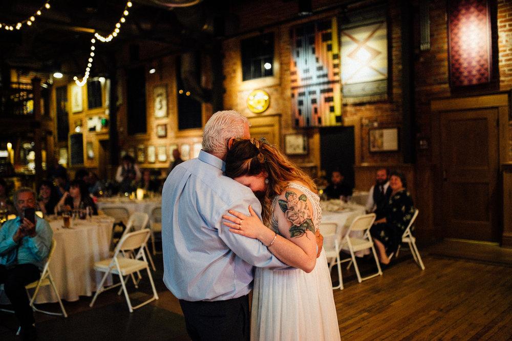 Sara-Jerrod-Previews-Michigan-Wedding-Photographer-9216.jpg