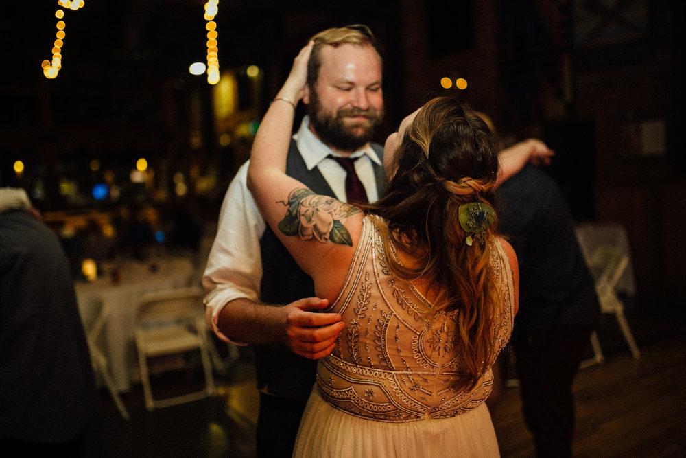 Sara-Jerrod-Previews-Michigan-Wedding-Photographer-9480.jpg