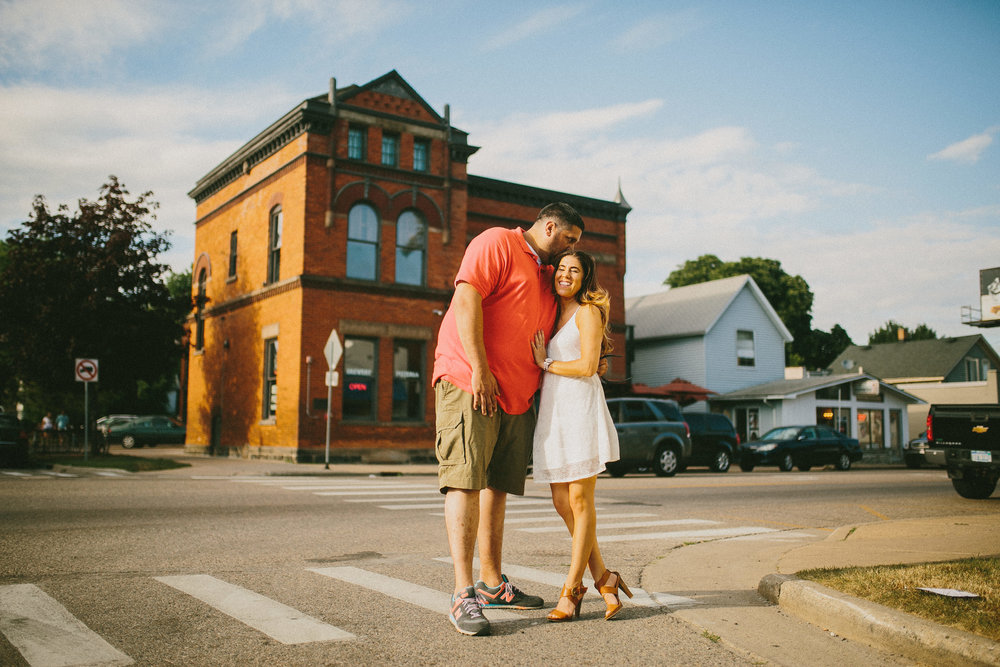 Teresa-Jeff-Engaged-Michigan-Wedding-Photographer-7323.jpg