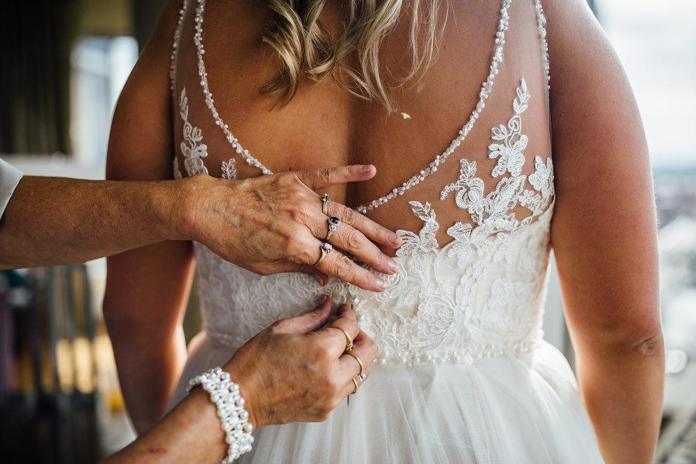 Brittany-Kevin-Preparations-Michigan-Wedding-Photographer-102.jpg