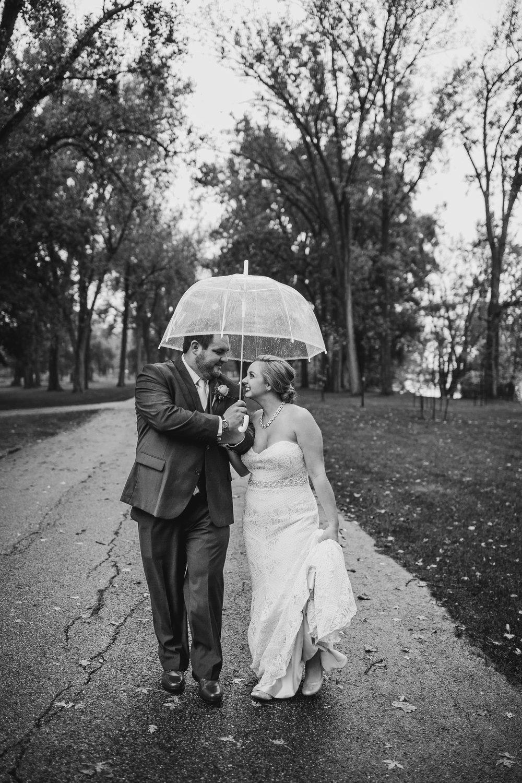 Kelly-Chris-Portraits-Michigan-Wedding-Photographer-255.jpg