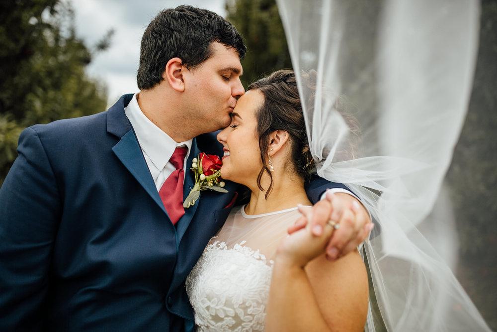 Katie-Matt-Portraits-Michigan-Wedding-Photographer-339.jpg