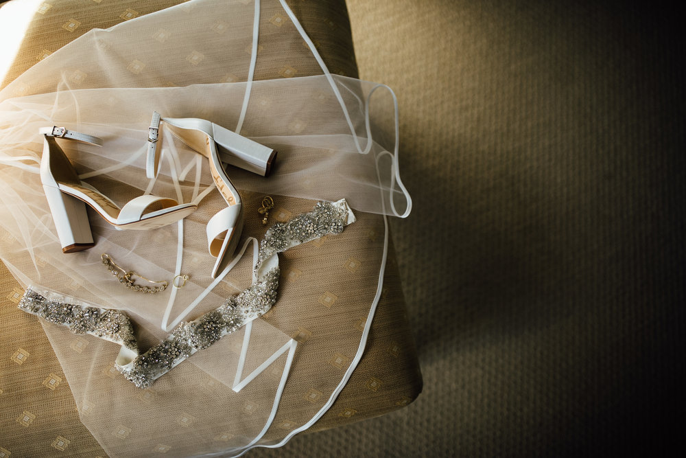 Cindy-Ted-Preparations-Michigan-Wedding-Photographer-7.jpg