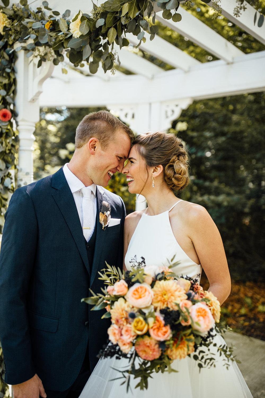 Cindy-Ted-Portraits-Michigan-Wedding-Photographer-28.jpg