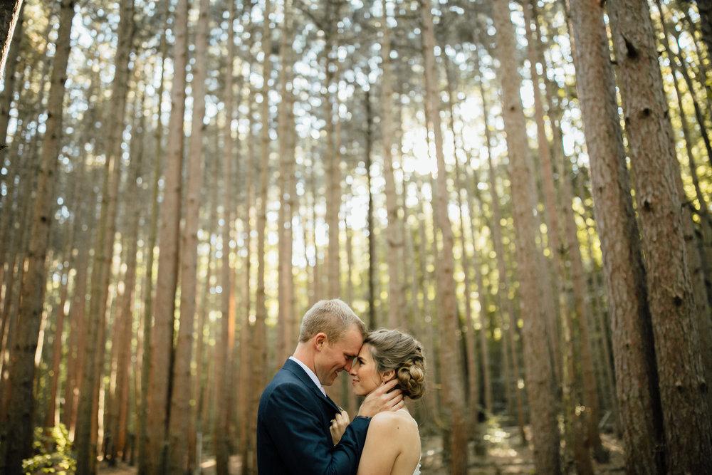 Cindy-Ted-Portraits-Michigan-Wedding-Photographer-276.jpg