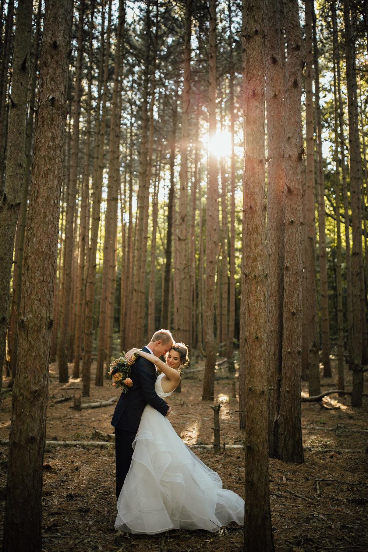 Cindy-Ted-Portraits-Michigan-Wedding-Photographer-262.jpg