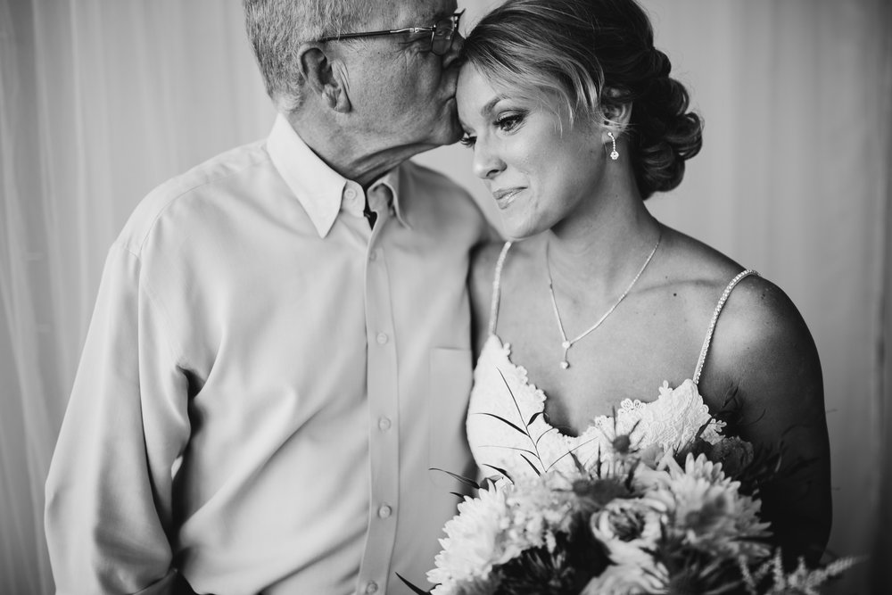 Alex-Spencer-Preparations-Michigan-Wedding-Photographer-69.jpg